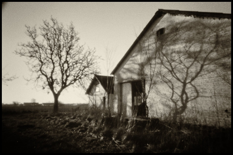 Abandoned farmhouse I